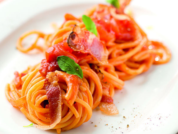 La ricetta dei bucatini all'amatriciana